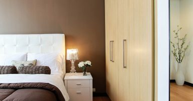 Closet in a bedroom